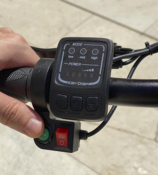Bicicleta eléctrica con energ